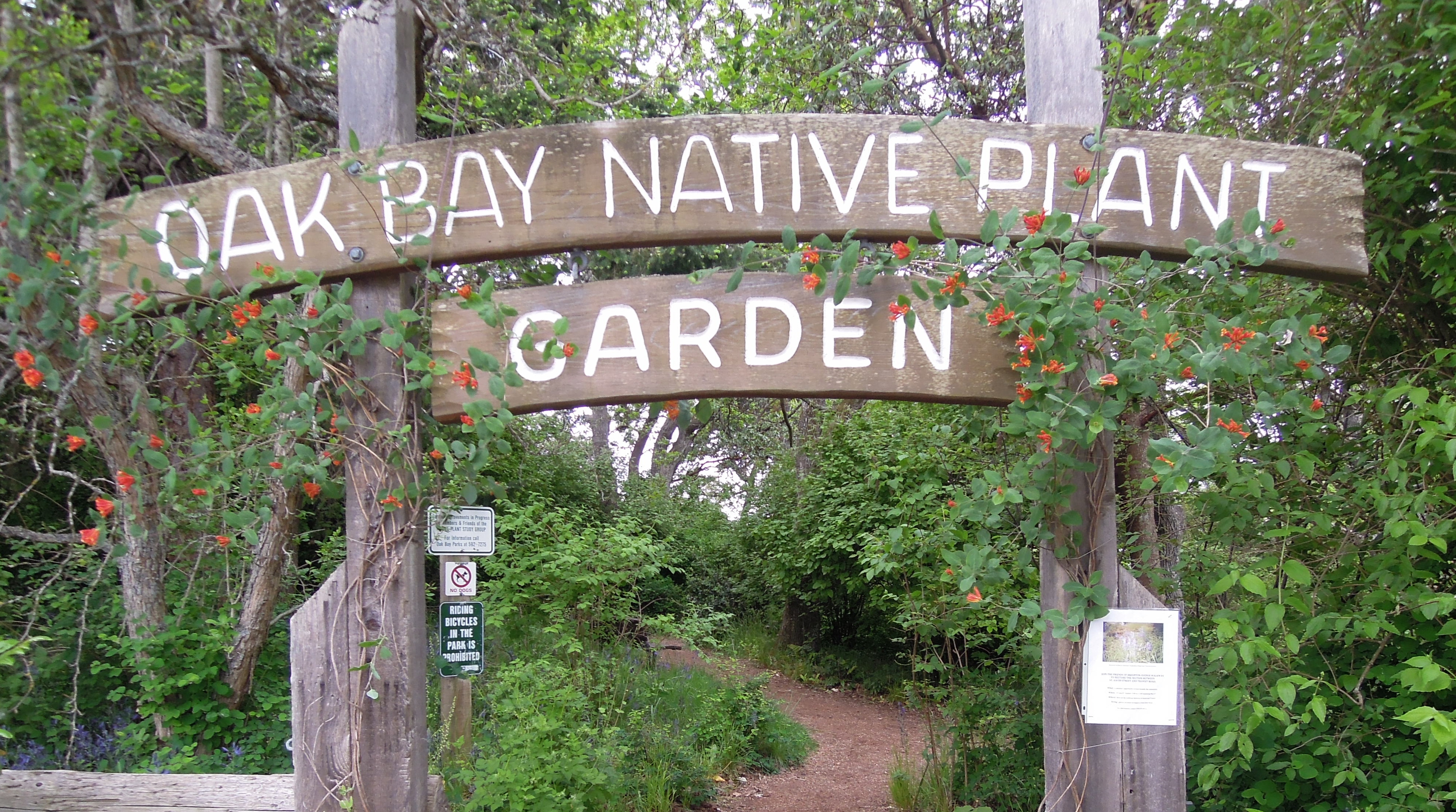Native Plant Garden   Map. Gardens   Native Plant Garden   Greater Victoria Labyrinth s